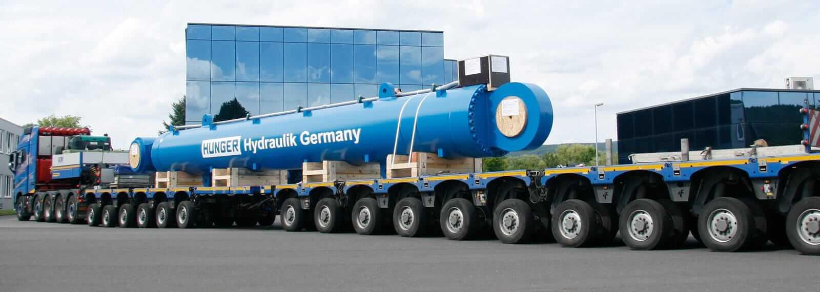 Pendelachsen von gigant transportieren schwere Lasten.